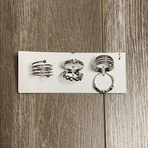 💝5/$20💝Pack Of Silver Rings